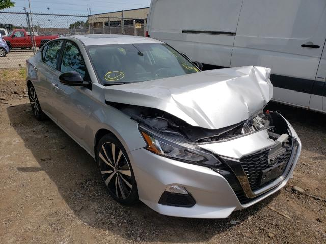 Salvage cars for sale from Copart Wheeling, IL: 2019 Nissan Altima SR