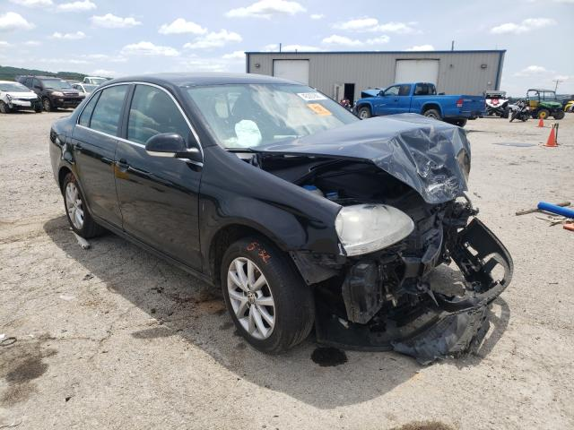 Salvage cars for sale from Copart Chatham, VA: 2010 Volkswagen Jetta SE