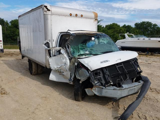 Salvage cars for sale from Copart Columbia, MO: 2008 Chevrolet Express G3