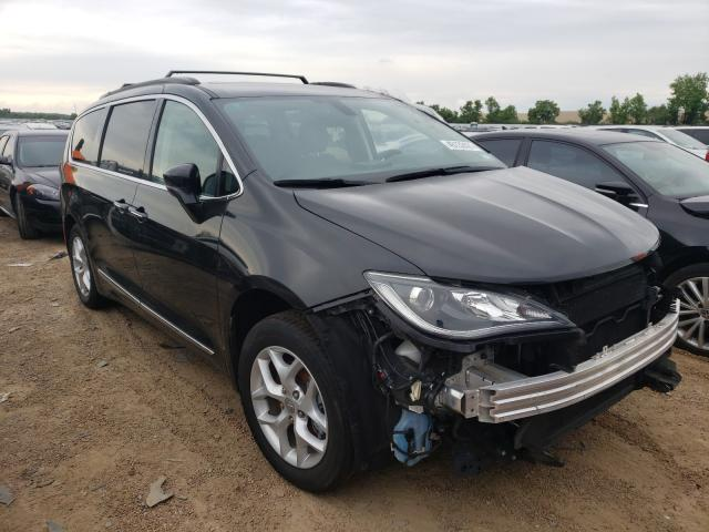 Salvage cars for sale from Copart Bridgeton, MO: 2017 Chrysler Pacifica T