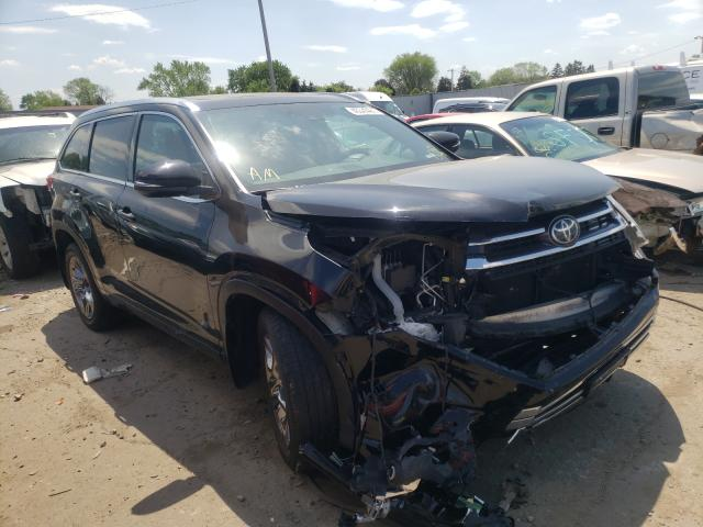 Salvage cars for sale from Copart Cudahy, WI: 2017 Toyota Highlander