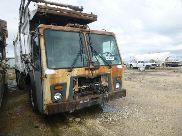 Salvage cars for sale from Copart Temple, TX: 2009 Mack 600 LEU600