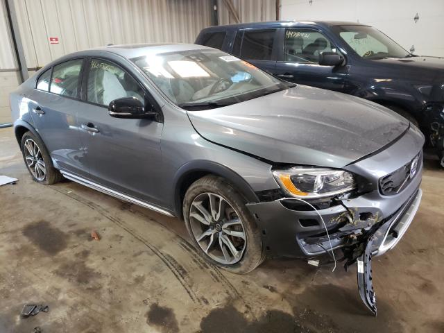 Salvage cars for sale from Copart West Mifflin, PA: 2018 Volvo S60 Cross