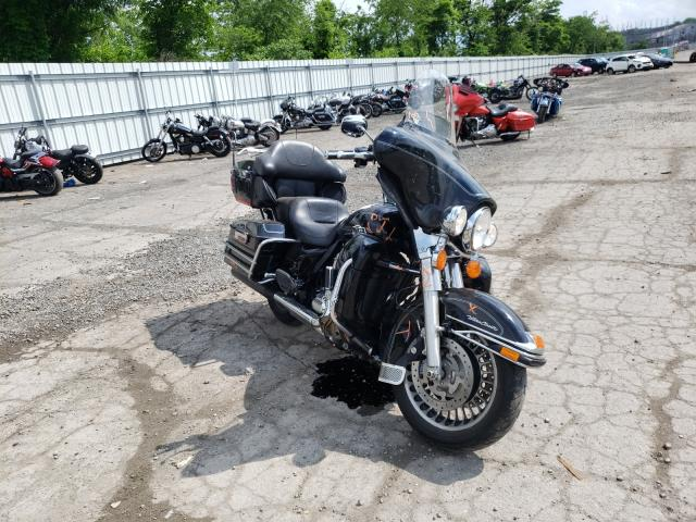 Salvage motorcycles for sale at West Mifflin, PA auction: 2013 Harley-Davidson Flhtcu ULT