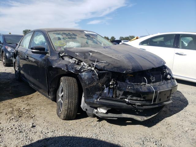 Volkswagen Vehiculos salvage en venta: 2017 Volkswagen Jetta SE