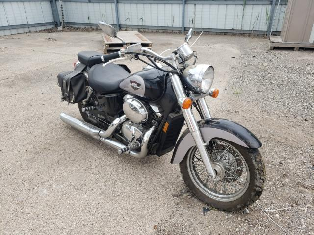 Salvage cars for sale from Copart Elgin, IL: 2000 Honda VT750 CD2