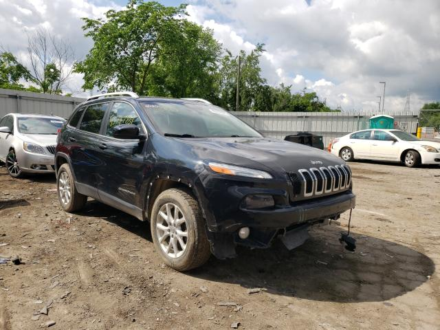 Salvage cars for sale from Copart West Mifflin, PA: 2016 Jeep Cherokee L