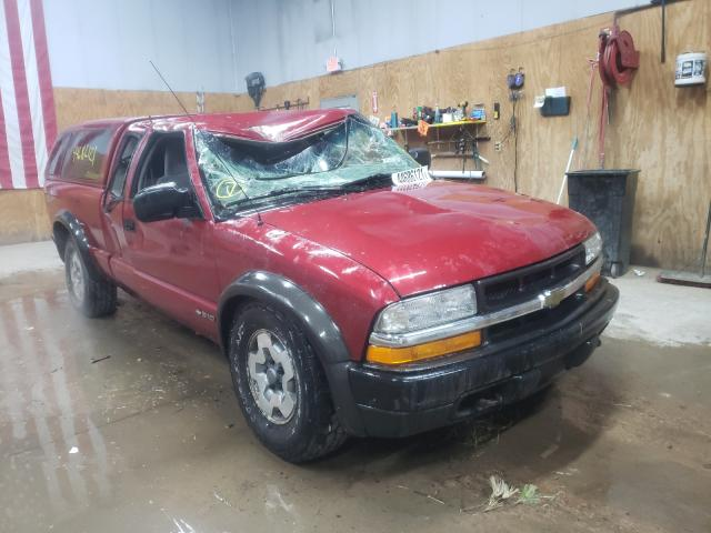 Salvage cars for sale from Copart Kincheloe, MI: 2002 Chevrolet S Truck S1