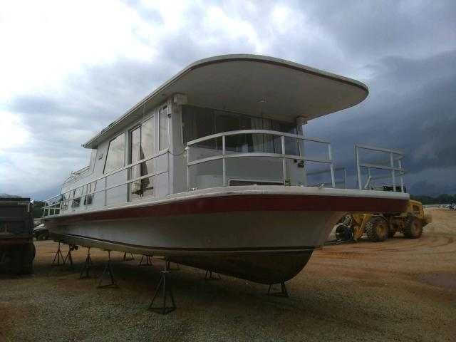 Salvage boats for sale at Tanner, AL auction: 1987 Hatt Boat