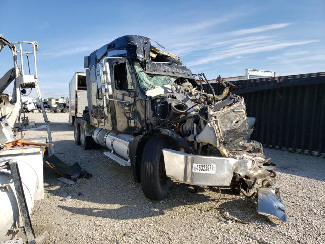 Salvage cars for sale from Copart Haslet, TX: 2004 Freightliner Convention