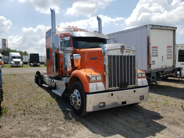 Salvage cars for sale from Copart Dyer, IN: 2013 Kenworth Construction