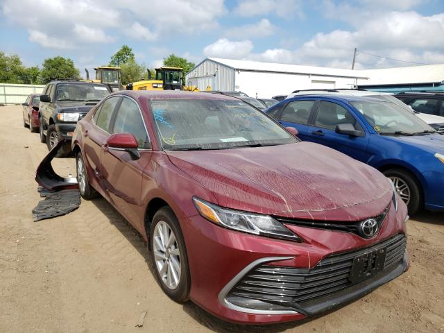 Salvage cars for sale from Copart Pekin, IL: 2021 Toyota Camry LE
