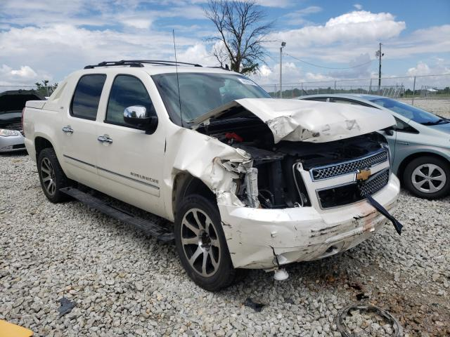Salvage cars for sale from Copart Cicero, IN: 2012 Chevrolet Avalanche