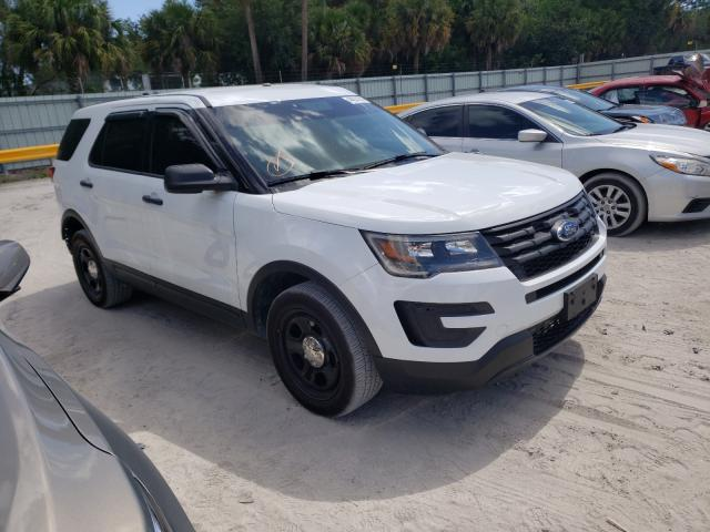 Salvage cars for sale from Copart Fort Pierce, FL: 2019 Ford Explorer P