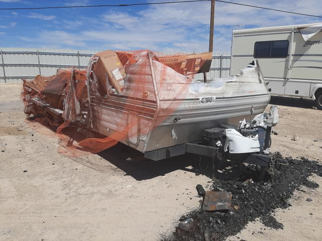 Salvage cars for sale from Copart Las Vegas, NV: 2002 Wilw CT