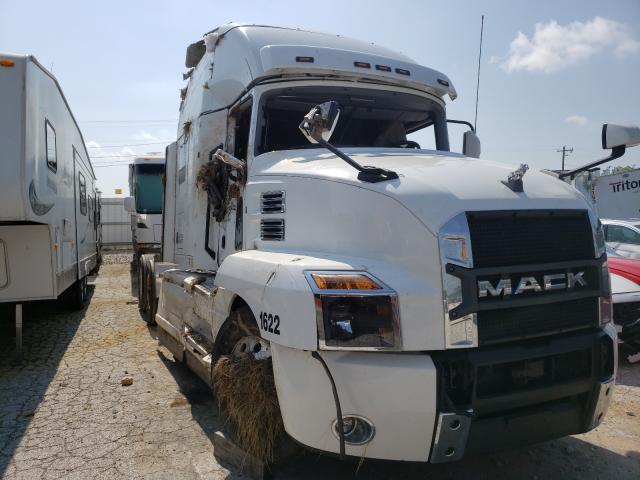 Salvage trucks for sale at Rogersville, MO auction: 2021 Mack Anthem
