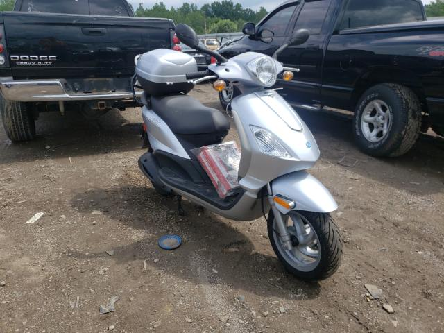 Salvage cars for sale from Copart Louisville, KY: 2009 Piaggio FLY 150