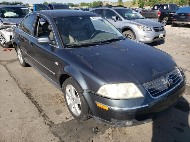 Volkswagen Vehiculos salvage en venta: 2001 Volkswagen Passat GLX
