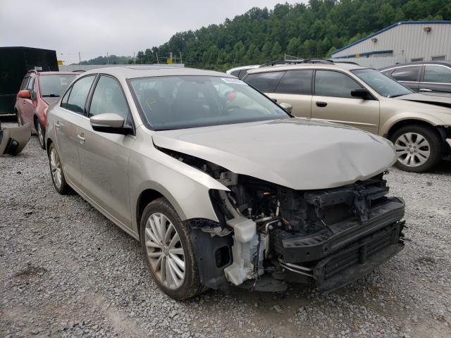 Volkswagen salvage cars for sale: 2016 Volkswagen Jetta SEL