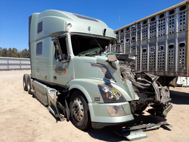 Vehiculos salvage en venta de Copart Fresno, CA: 2015 Volvo VN VNL