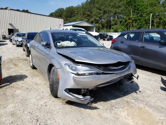Salvage cars for sale from Copart Seaford, DE: 2017 Chrysler 200 LX