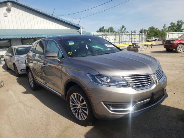 Salvage cars for sale from Copart Pekin, IL: 2016 Lincoln MKX Select