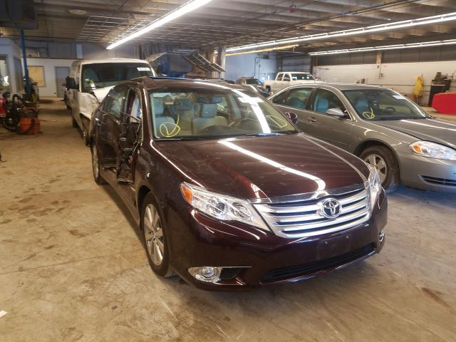Salvage cars for sale from Copart Wheeling, IL: 2011 Toyota Avalon Base