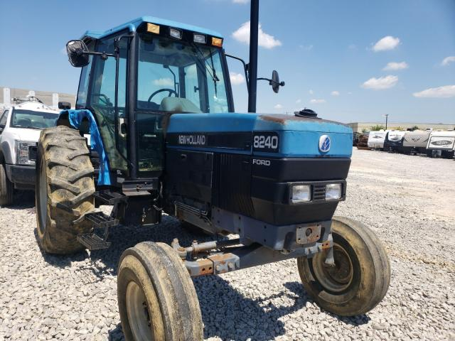 Salvage 1996 NEWH TRACTOR - Small image. Lot 47166101