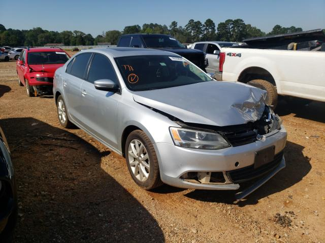 Salvage cars for sale from Copart Longview, TX: 2011 Volkswagen Jetta SE