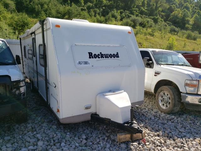 Salvage cars for sale from Copart Hurricane, WV: 2004 Wildwood Rockwood