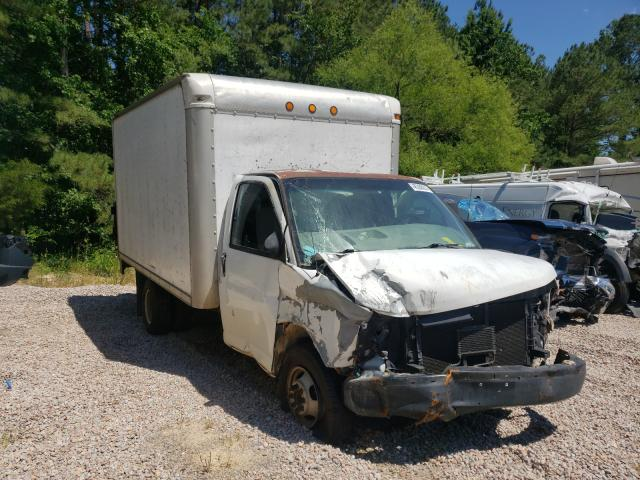 Salvage cars for sale from Copart Knightdale, NC: 2007 Chevrolet Express G3