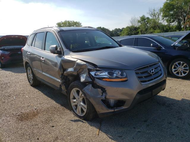 Salvage cars for sale from Copart Milwaukee, WI: 2011 Hyundai Santa FE L