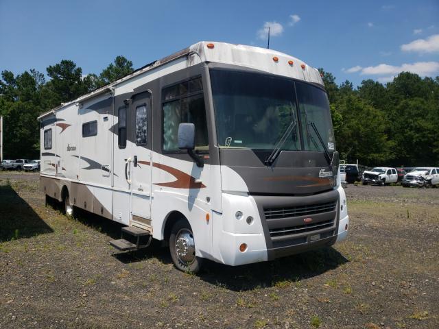 Salvage trucks for sale at Lufkin, TX auction: 2007 Winnebago Sightseer