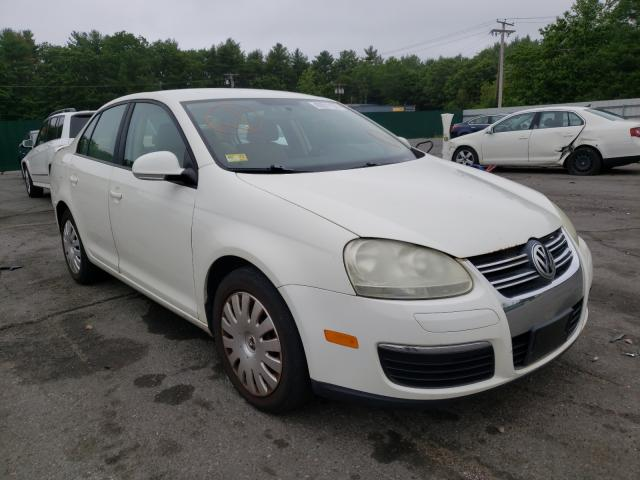 Salvage cars for sale from Copart Exeter, RI: 2008 Volkswagen Jetta S