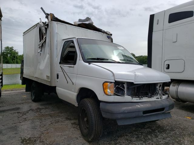 Salvage 2003 FORD ECONOLINE - Small image. Lot 47249811
