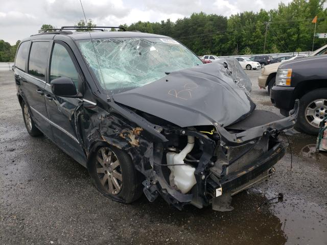 Salvage cars for sale from Copart Fredericksburg, VA: 2016 Chrysler Town & Country