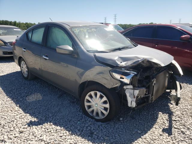 Vehiculos salvage en venta de Copart Memphis, TN: 2019 Nissan Versa S