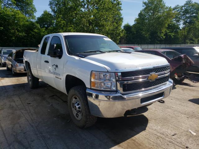 Salvage cars for sale from Copart Ellwood City, PA: 2013 Chevrolet Silverado