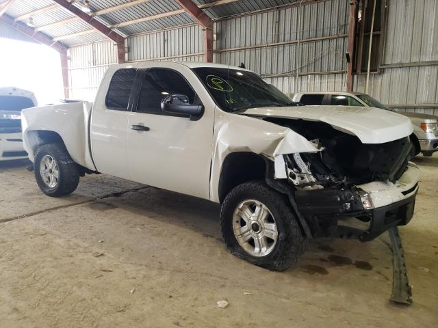 Salvage trucks for sale at Greenwell Springs, LA auction: 2010 Chevrolet Silverado