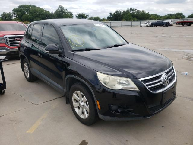 Salvage cars for sale from Copart Wilmer, TX: 2009 Volkswagen Tiguan S