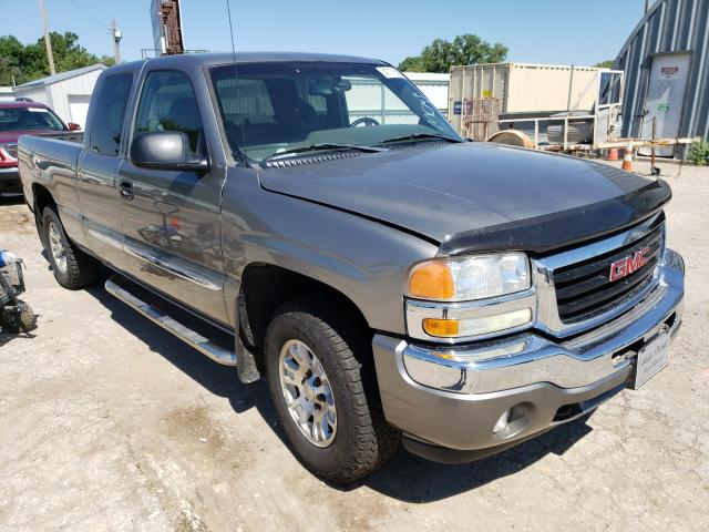Salvage cars for sale from Copart Wichita, KS: 2006 GMC New Sierra