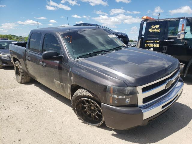 Salvage trucks for sale at Indianapolis, IN auction: 2011 Chevrolet Silverado