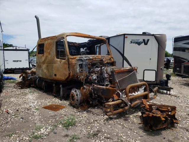 Salvage cars for sale from Copart Corpus Christi, TX: 2007 Volvo VN VNL