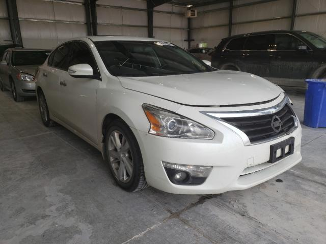 Salvage cars for sale from Copart Greenwood, NE: 2013 Nissan Altima 2.5