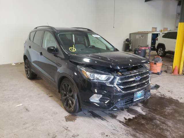 Salvage cars for sale from Copart Chalfont, PA: 2017 Ford Escape SE