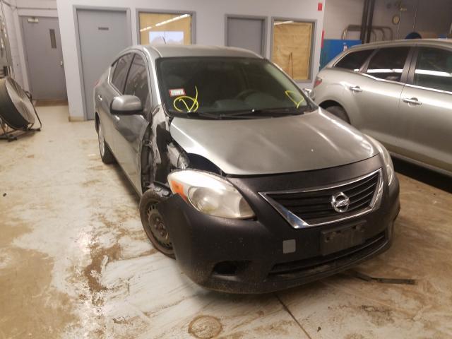 Vehiculos salvage en venta de Copart Wheeling, IL: 2014 Nissan Versa S