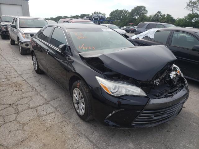 Vehiculos salvage en venta de Copart Rogersville, MO: 2015 Toyota Camry LE