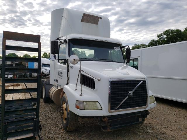 Salvage cars for sale from Copart Chatham, VA: 2009 Volvo VN VNM