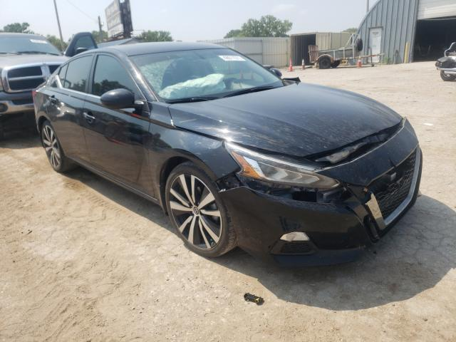 Salvage cars for sale from Copart Wichita, KS: 2019 Nissan Altima SR