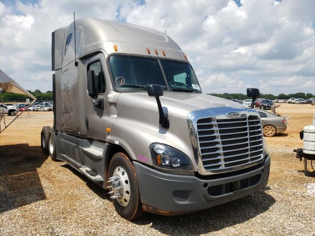 Salvage cars for sale from Copart Tanner, AL: 2013 Freightliner Cascadia 1